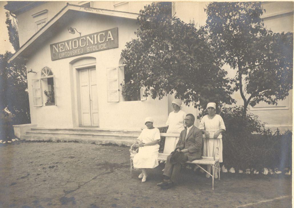dokončenie výstavby pôvodného chirurgického pavilónu