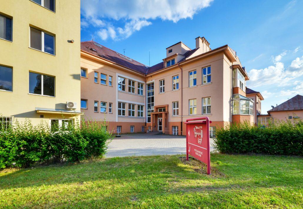 slávnostné uvedená do prevádzky budova bývalého chirurgického pavilónu (v súčasnosti psychiatrický pavilón)